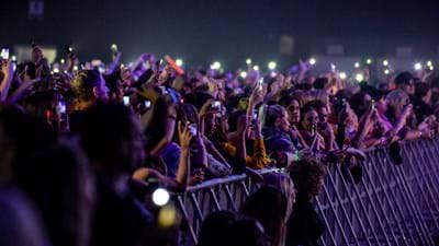 Thousands of 90s music revellers rolled back the years with some of the decade's iconic music stars